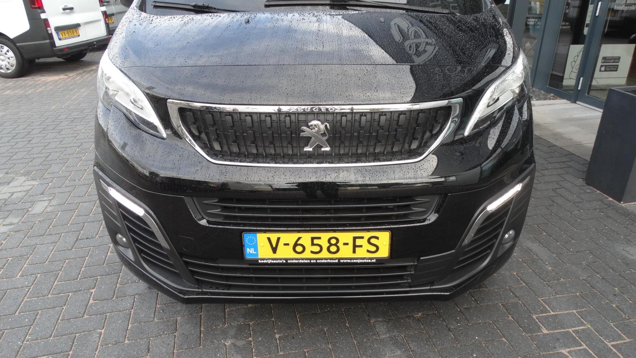 Peugeot-Expert-3