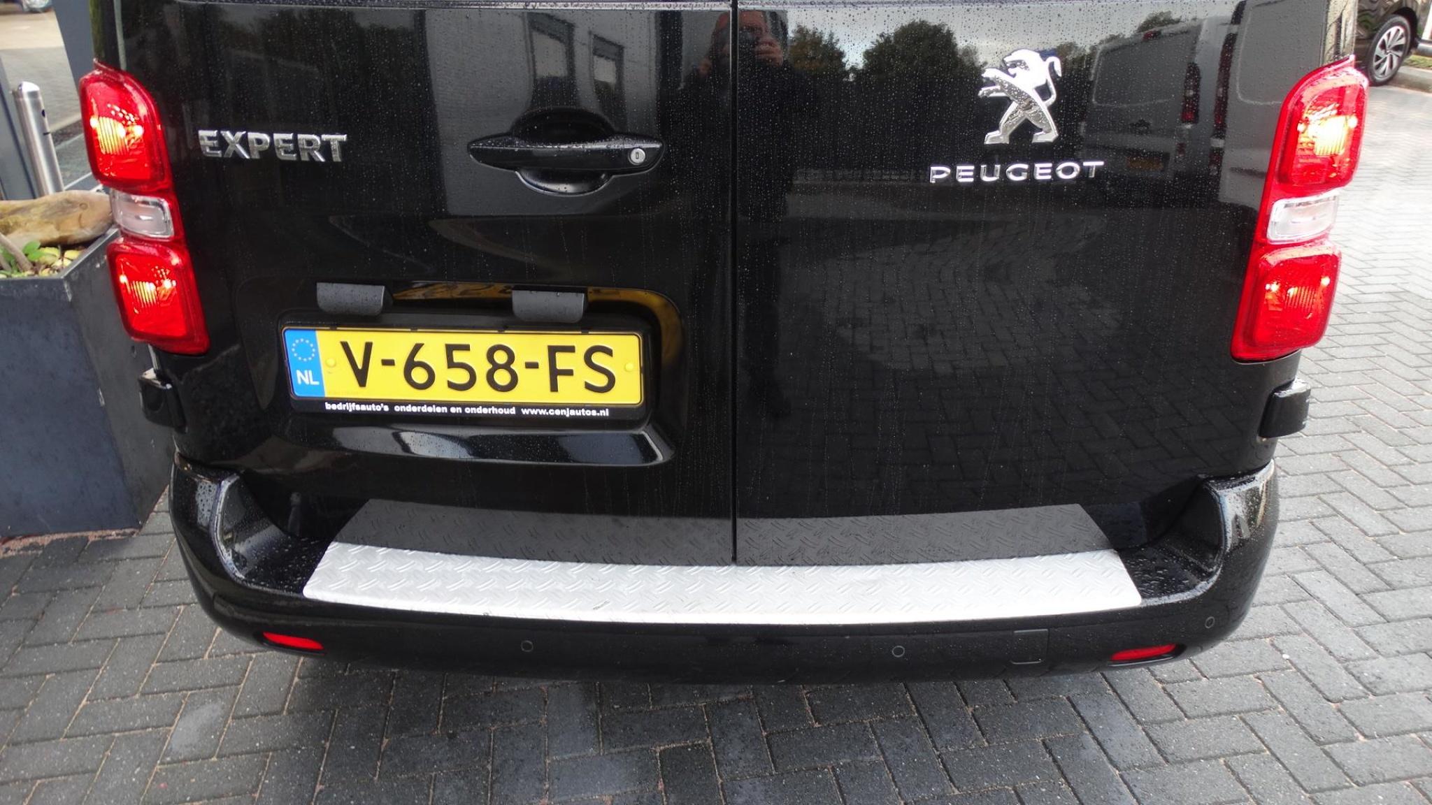 Peugeot-Expert-6