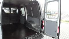 Volkswagen-Caddy-26
