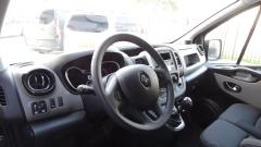 Renault-Trafic-9