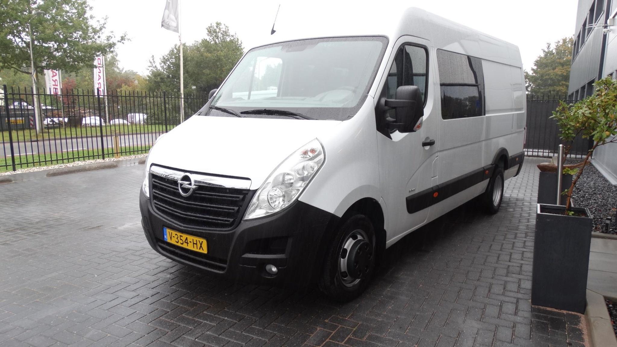 Opel-Movano-2