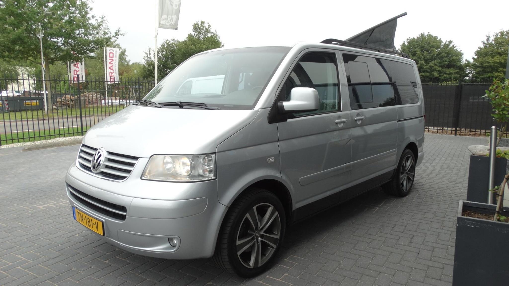 Volkswagen-Camper-2